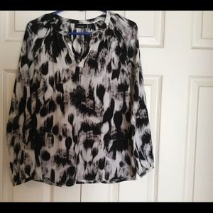 Vintage black and white top